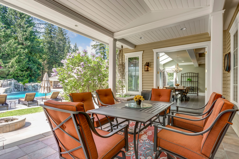 5 Reasons to Add a Patio Cover to Your Home